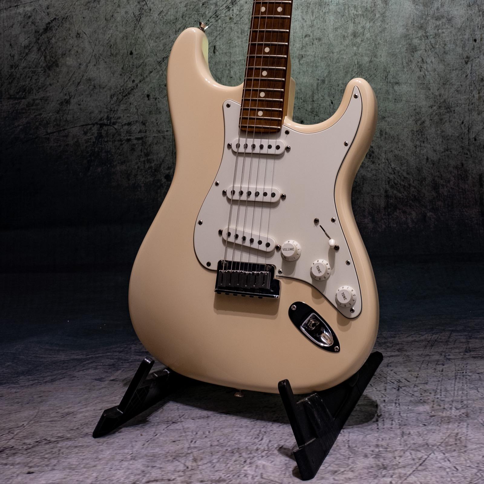 Fender Stratocaster Standard USA 2007